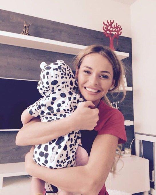 Анна Хилькевич порадовала фотографией с дочкой