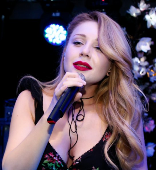 Талантливая Тина Кароль дала концерт в ресторане «Прага»