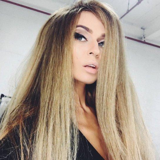 Алена Водонаева перекрасилась в блондинку