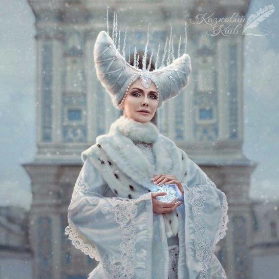 Ольга Сумская предстала в необычном наряде