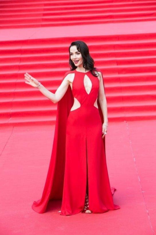 Наталья Орейро вышла на красную дорожку в элегантном наряде