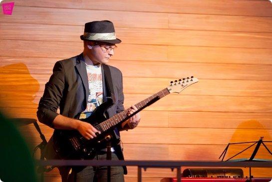 Основные ошибки при обучении игре на гитаре