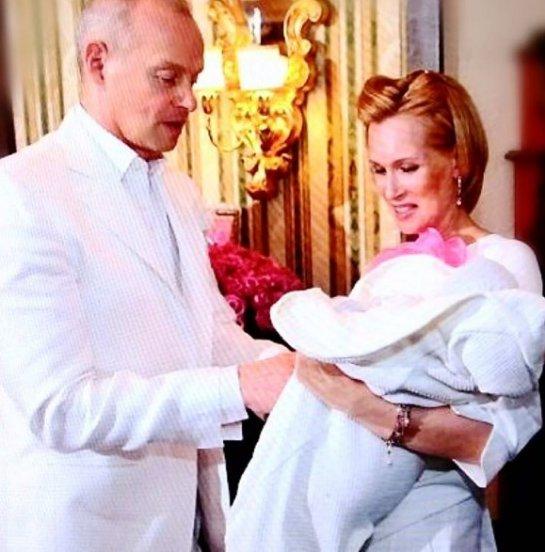 Олеся Судзиловская поделилась кадрами с крещения сына