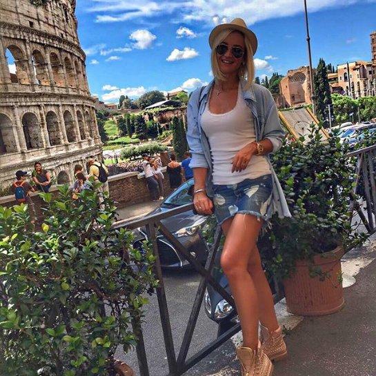 Ольга Бузова отправилась с мужем на отдых в Рим
