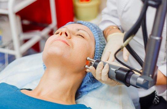 Услуги косметолога и пластическая хирургия в Москве