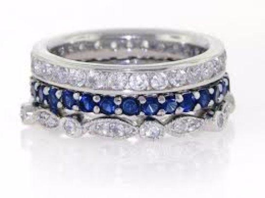 Красивые кольца с фианитом