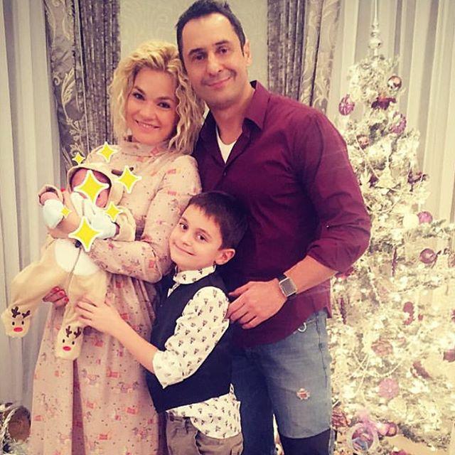 Стас Костюшкин показал трогательное семейное фото
