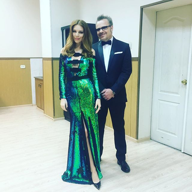 Наталья Подольская восхитила своим ярким нарядом