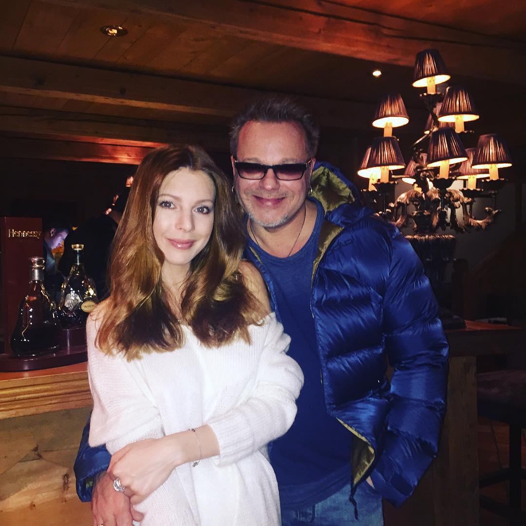 Наталья Подольская и Владимир Пресняков уехали с сыном на отдых