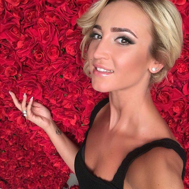 Ольга Бузова заявила, что чувствует себя на 18 лет
