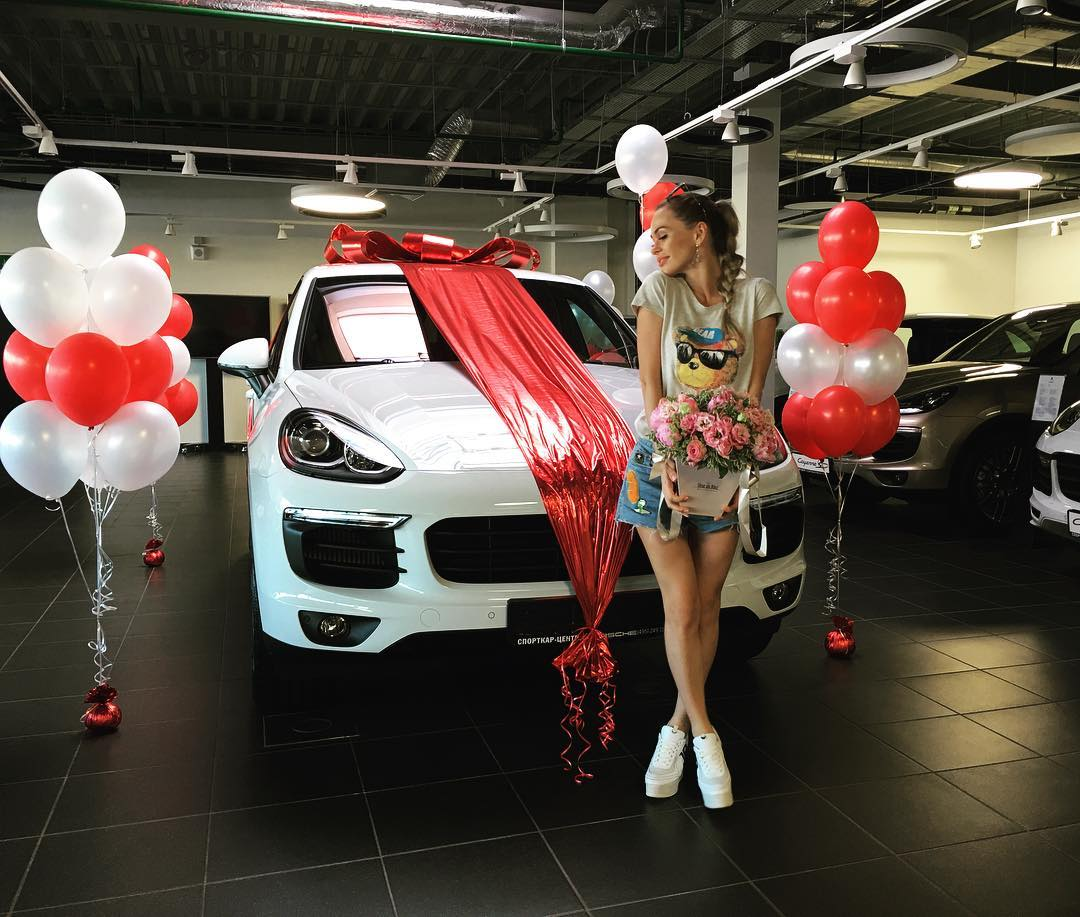 Анна Хилькевич обзавелась новеньким автомобилем