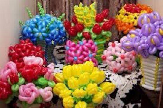 Красивые и яркие букеты из шаров: как правильно выбирать и ухаживать