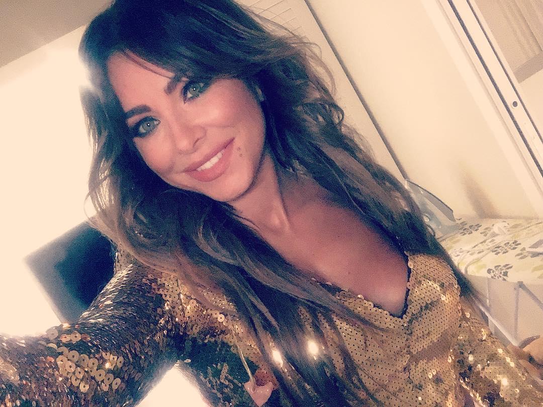 Ани Лорак выпустила клип в день своего рождения