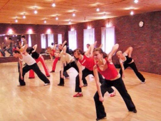 Как выбрать школу танцев