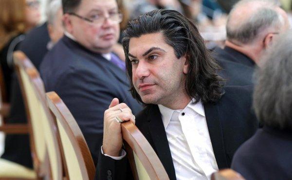 Николаю Цискаридзе едва не пришлось идти в ЗАГС с фанаткой