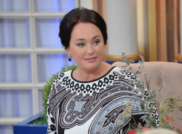 Лариса Гузеева представила свой взгляд на «синее настроение» Киркорова