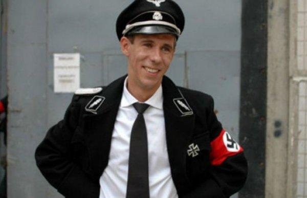 Алексей Панин сравнил российских десантников с гомосексуалами
