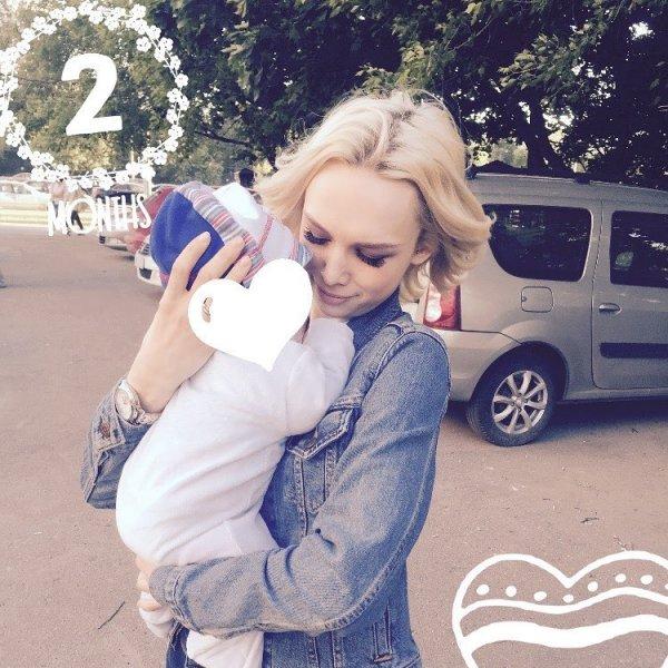 «Шурыгина везде влезет»: Александра Стриженова выбрала для сына крестную мать