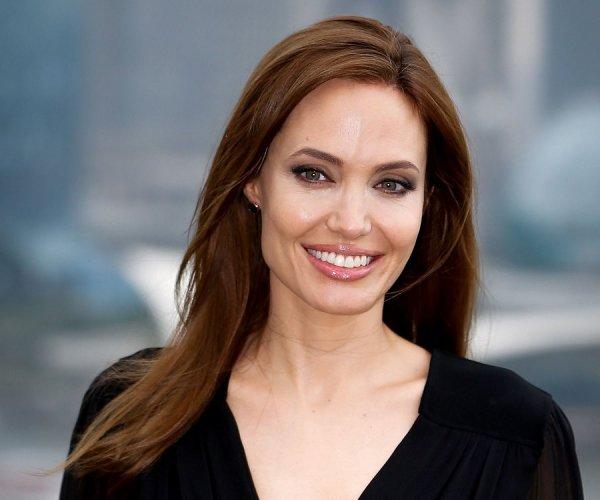 Миссис Смит – 43: Анджелина Джоли отпразднует день рождения в компании шестерых детей