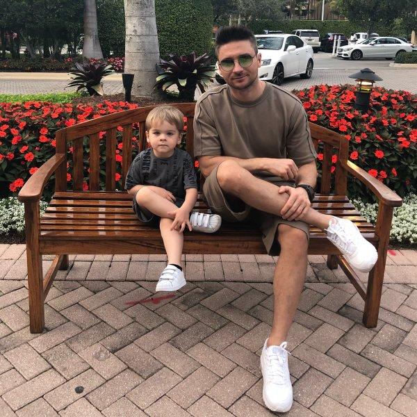 Сергей Лазарев старается не баловать своего сына