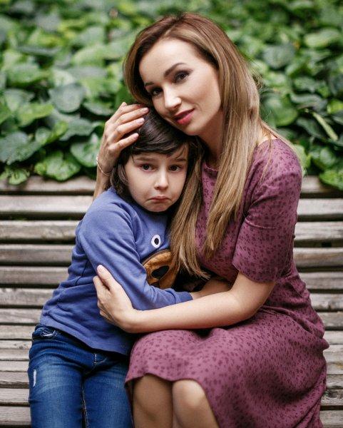 О непослушных мальчиках: Анфиса Чехова считает себя «правильной» мамой