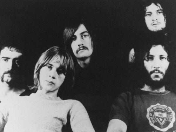 Музыкант из Fleetwood Mac Дэнни Кируэн умер в возрасте 68 лет