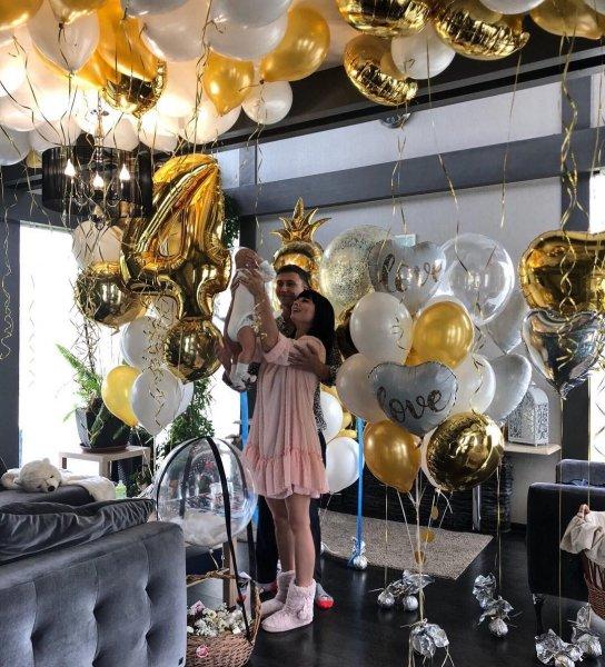 Нелли Ермолаеву снова жестко раскритиковали за роскошное торжество