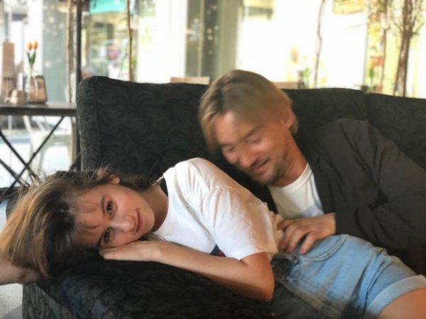 Алан Бадоев умилил фанатов танцем с дочерью в Тоскане