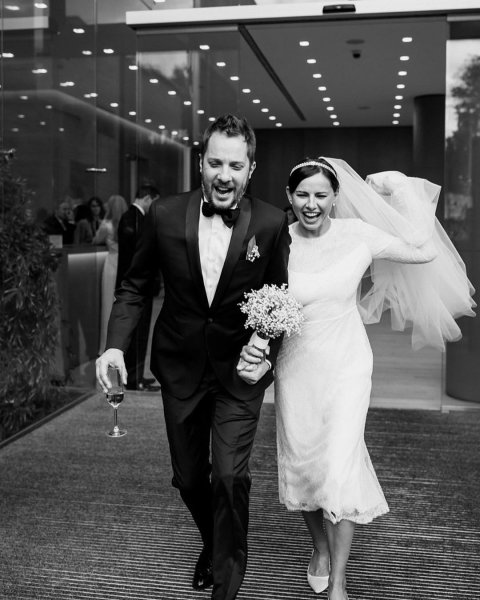 Разведенный Шнуров не удержался и сыграл на свадьбе у писателя