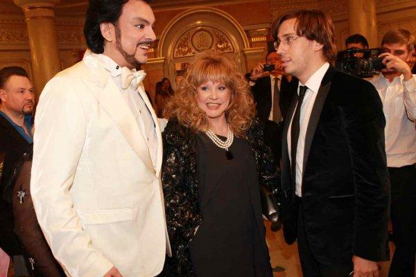 Пугачева оказалась втянута в любовный треугольник с Галкиным и Киркоровым