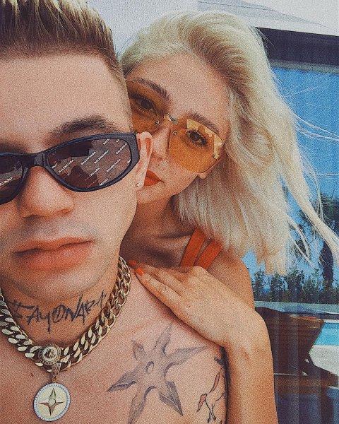Элджей и Настя Ивлеева подтверждают свои отношения