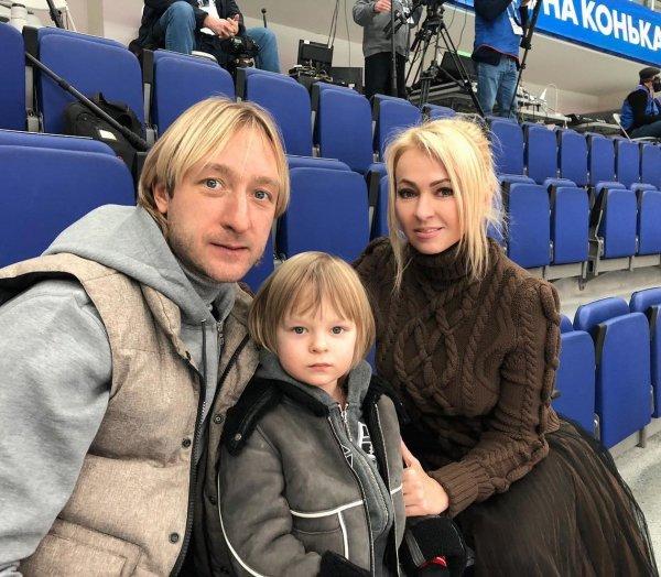 Яна Рудковская и Евгений Плющенко оказались в эпицентре землетрясения