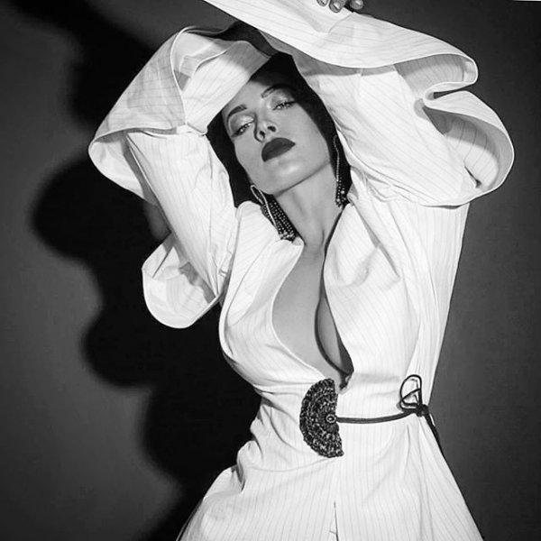 Даша Астафьева поразила сексуальной фигурой своих поклонников