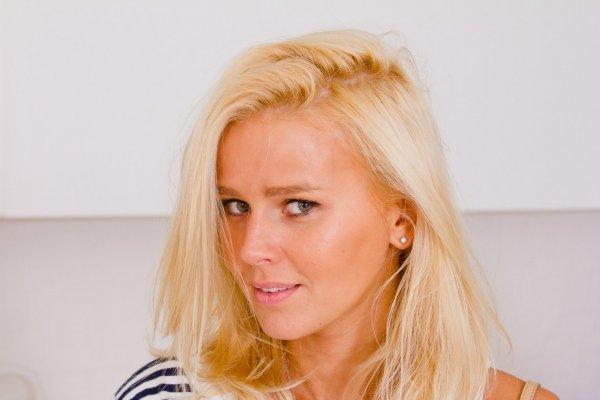 Звезда сериала «Кухня» Екатерина Кузнецова поделилась «интересным» фото в ванной