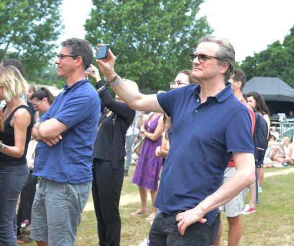 Звезда «Kingsman» поддержал панк-группу своего сына на фестивале