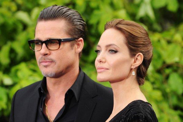 Брэд Питт обвинил Анджелину Джоли в лицемерии