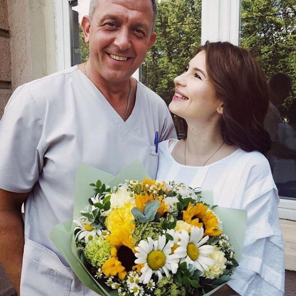 Анна Цуканова-Котт с новорожденной дочкой вернулась домой