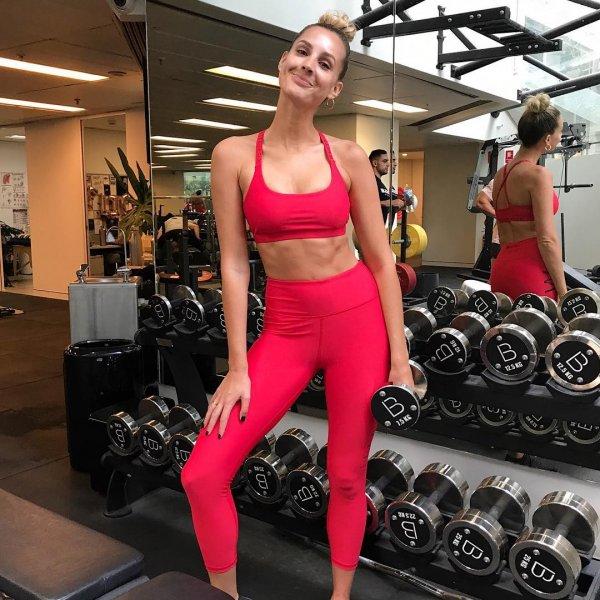 Бывшая Мисс Вселенная Австралия показала свои мышцы в спортзале