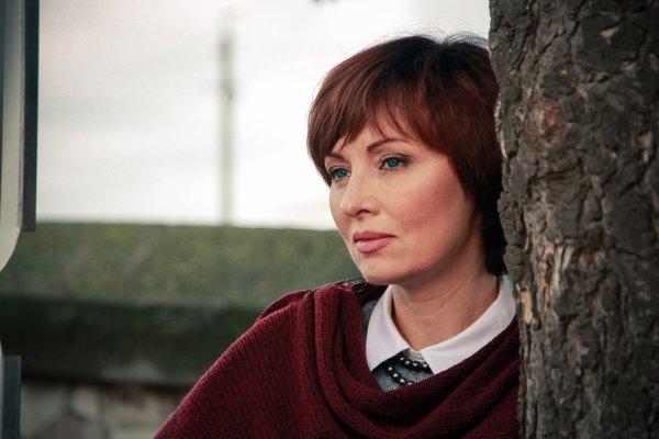 Елена Ксенофонтова рассказала об измене мужа и о дочери