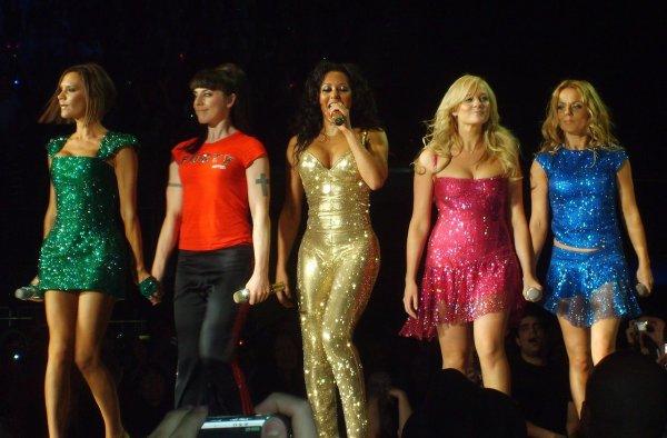 Легендарные Spice Girls снова выступят вместе