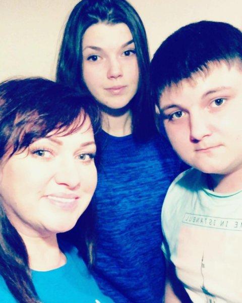 Звезда КВН Ольга Картункова обнародовала редкие снимки с родным человеком