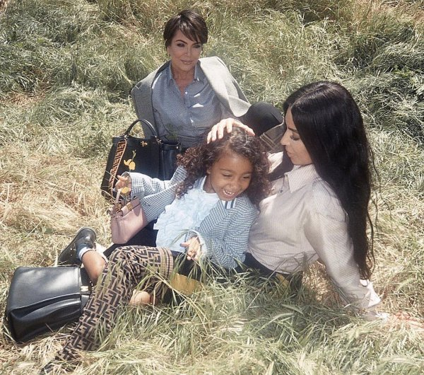 Ким Кардашьян снялась со своей 5-летней дочерью в рекламе