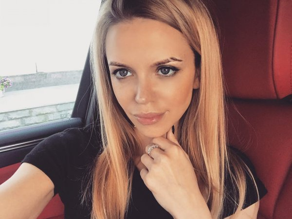 Яна Рудковская готовит новый проект с наркозависимой супругой Александра Кержакова