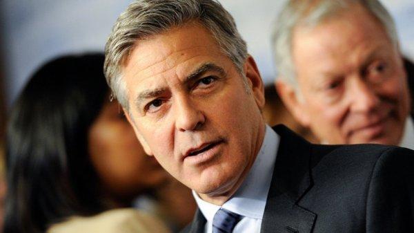 Джордж Клуни идет на поправку после аварии на байке в Сардинии