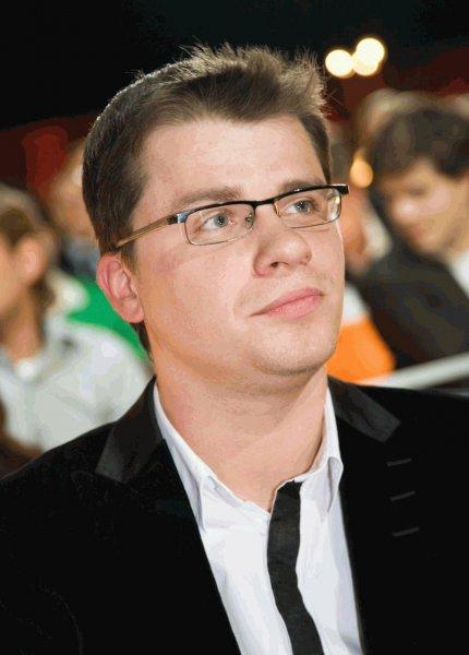 «Газиев»: Харламов во время поздравления украинца Усика искаверкал фамилию Гассиева