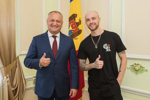 Президент Молдовы поделился фотографиями со встречи с Егором Кридом