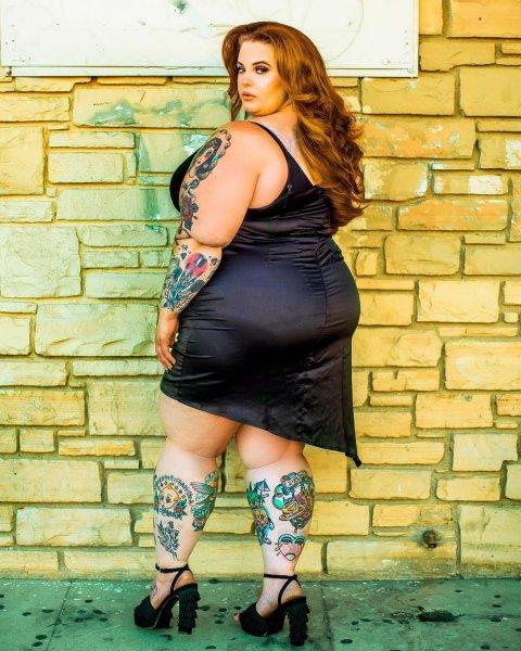 Надоело быть бомбой: Модель plus-size Тесс-Холидей извинилась за попытку похудеть