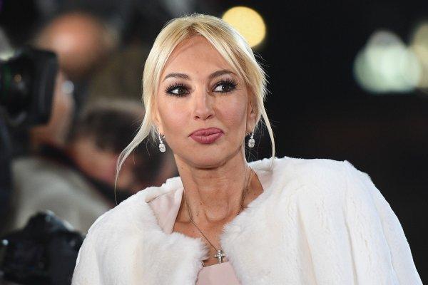 Лера Кудрявцева стала мамой во второй раз и показала ножку ребенка