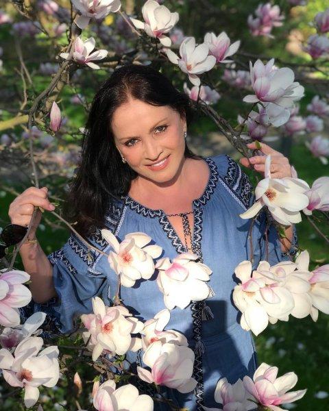 Стала затворницей: Близкие считают, что София Ротару больше никогда не выйдет замуж