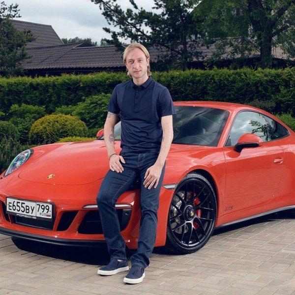 Евгений Плющенко стал официальным представителем Porsche в России